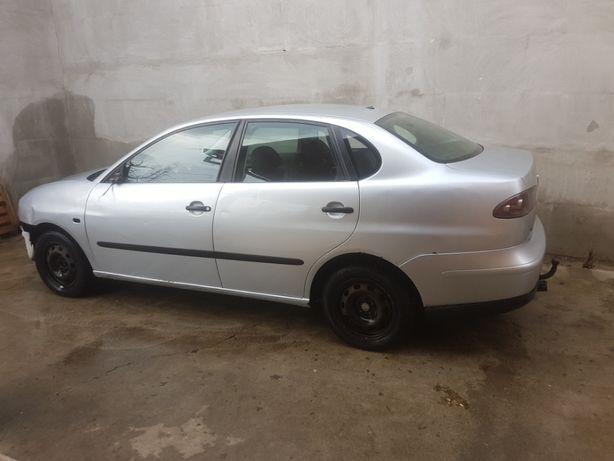 Dezmembrez Seat Cordoba 1.9 SDI 2004 , compatibil VW, Audi, Skoda