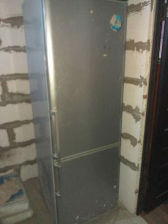 Продам холодильник в хорошем рабочем состоянии