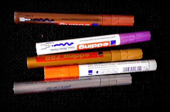 оригинални японски маркери с боя 5 броя за писане по гума стъкло и др