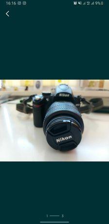 Продам фотоаппарат Nikon d5000 в идеальном состоянии +флешка + сумка +