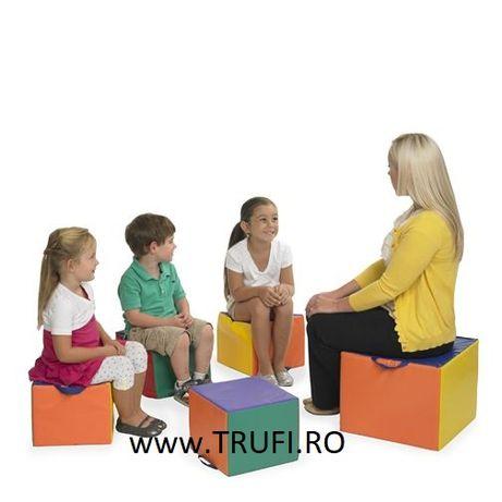 Cuburi din burete scaun copii