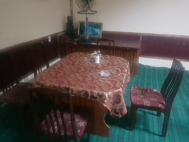 Продаётся стол стулья комплекты