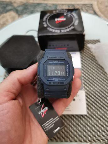 Часы Casio G Shock DW-5600LU-2ER. Новые.