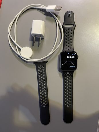 Apple watch 5 series 44 nike+