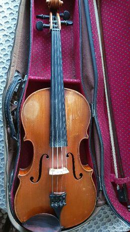 Продавам виола