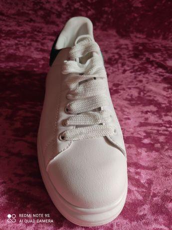 Кожаные кроссовки McQUEEN