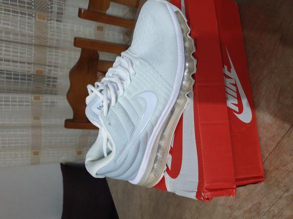 Обувките са Найк Airmax 43