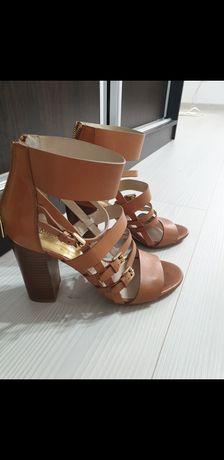 ,Sandale botine și Cizme originale.
