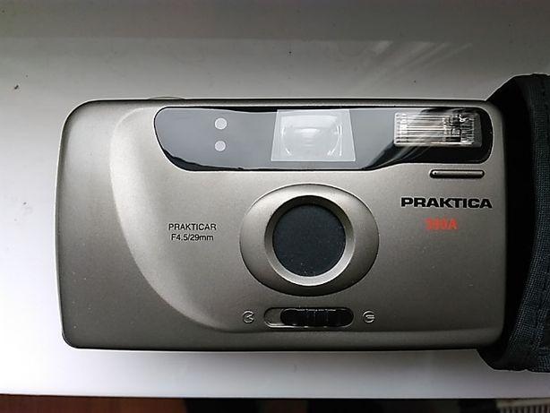 Vand aparat foto clasic, cu film, fabricat in Germania.