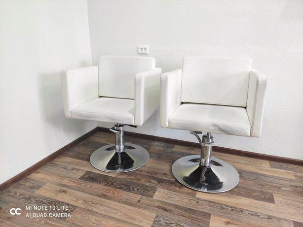Продам Мебель для парикмахерских
