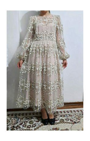 Вечерний платье для различного корпаратива