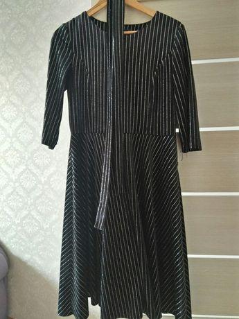 Продается платья