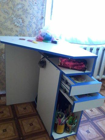 Продам стол для ученика