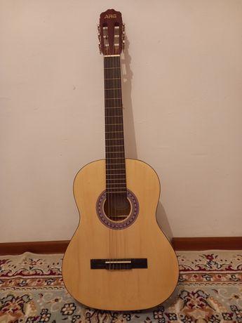 Срочно продам гитара 50000