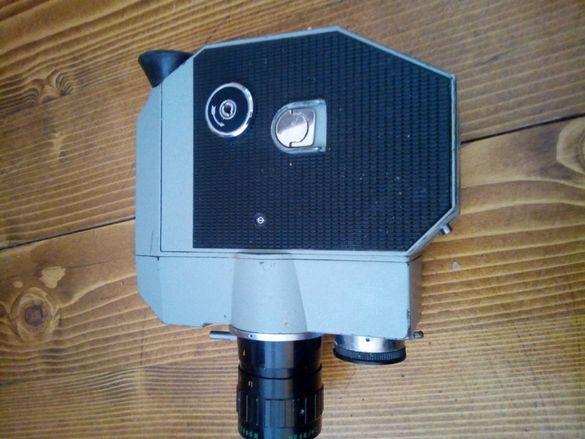 продавам колекционерска стара кинокамера КВАРЦ 5