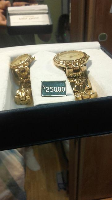Vând 2 ceasuri Golden paris delon pret magazin 250$ doamne domnisoare
