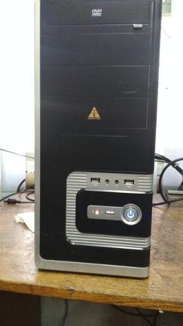 Компьютер для учебы и работы  с принтером