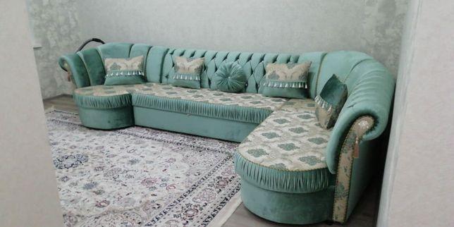 Продам диван для зала