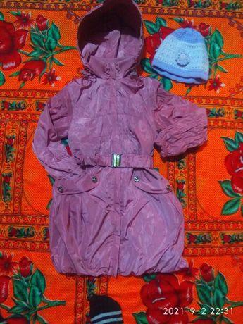 Продам куртку для девочек 5000тг