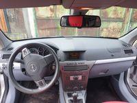 Plansa Bord Opel Astra H dezmembrez