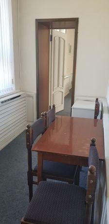 Мебель офисная б/у в ассортименте