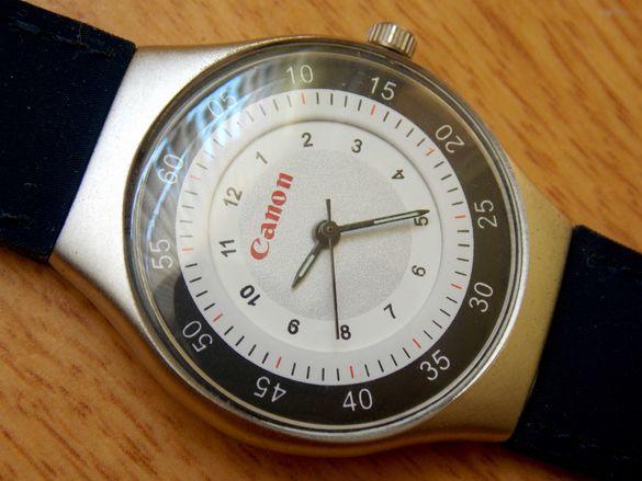 Часовник Canon - японски механизъм, кварц.