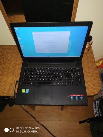 Laptop Lenovo 80QQ profesor i3