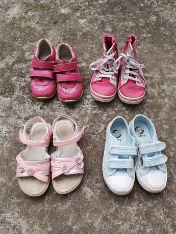 4 чифта обувки за момиче 27 номер