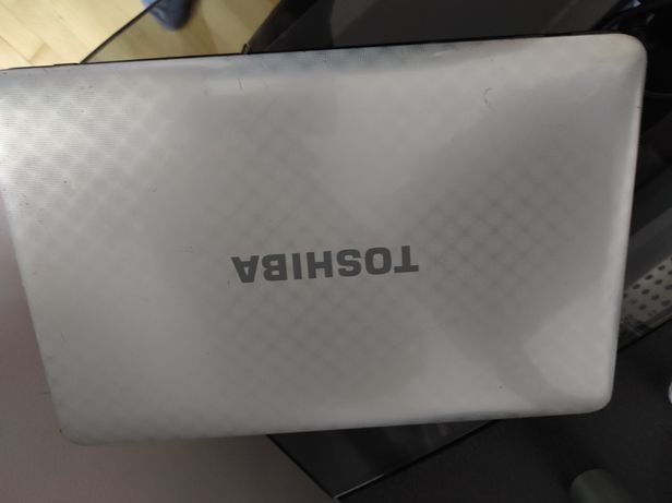 Ноутбук Toshiba core i5, 4 ОЗУ, видеокарта nvidia на 1 Гб.