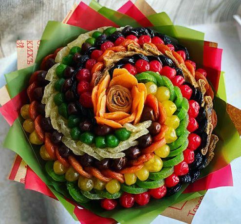 Букет из сухофруктов и орехов.Сьедобный букет.Подарок маме и девушке