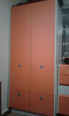 Пппрррооодддааамммм мебель для детской комнаты шкаф     и     кровать