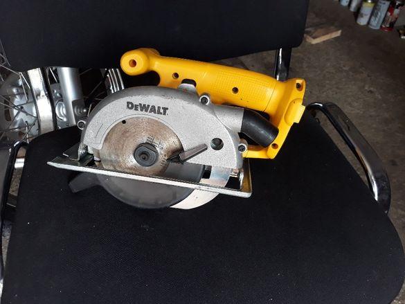 Dewalt 14,4v ръчен акумулаторен циркуляр , боди без батерия и зарядно