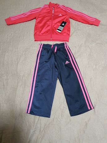 Vand trening Adidas nou pentru fetite 2-3 ani