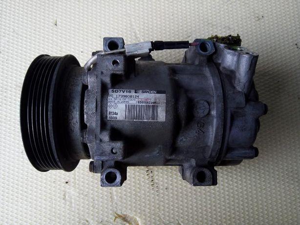 Compresor Aer Conditionat ( Clima ) DACIA Duster 1.5 DCI , 926006229R