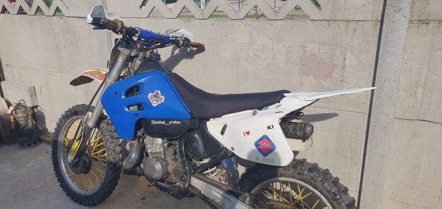 Suzuki RM250  2t