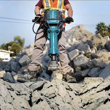 Демонтаж всего бетона,Алмазная резка Открываем проём Атбойник Копка