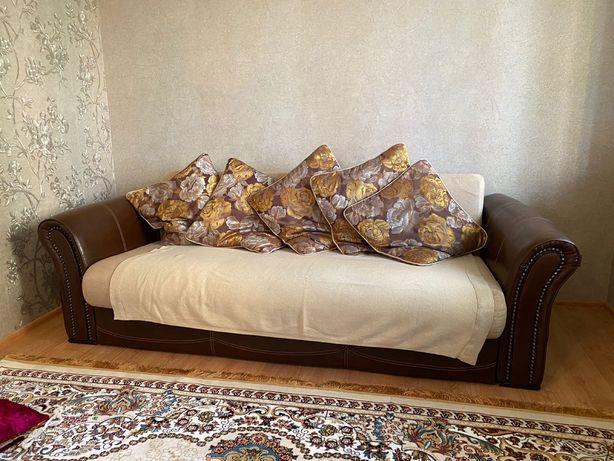 Продам шкаф и диван