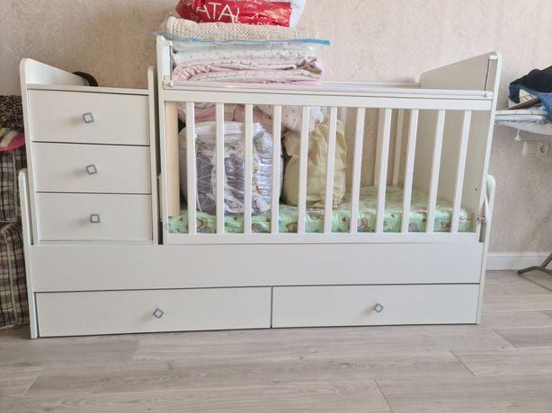 Детская кроватка с люлечкой  на вырост