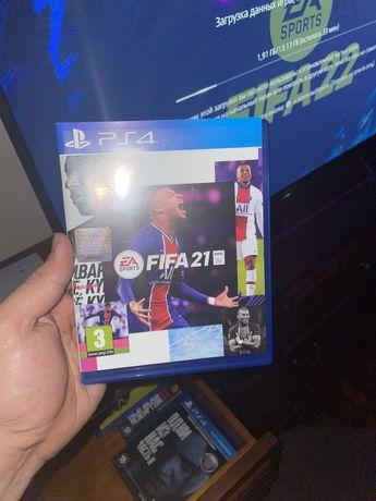 Fifa 21 диск с коробкой без царапин. Продаю так как взял 22ую фифушку!
