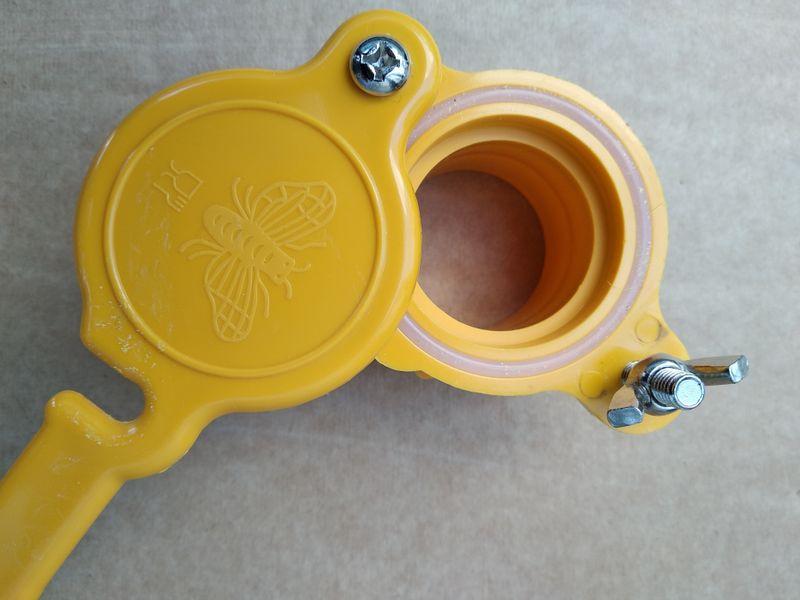Кран за мед за центрофуга,кофа,бака,бидон- пчеларски инвентар гр. Габрово - image 1