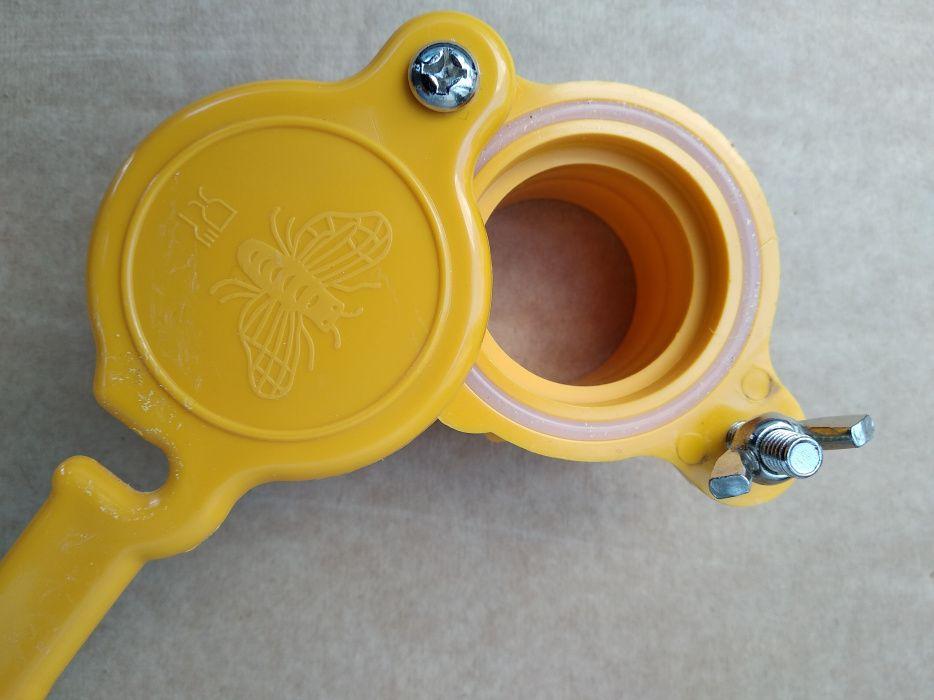 Кран за мед за центрофуга,кофа,бака,бидон- пчеларски инвентар