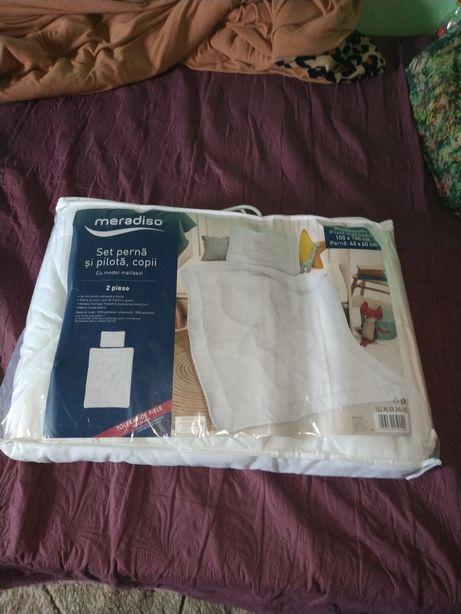 Vând lenjerie de pat copii