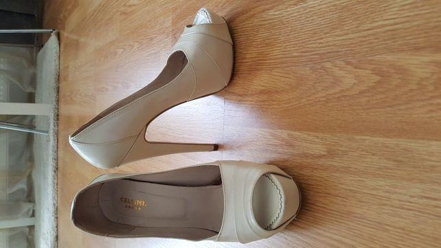 Pantofi platforma de piele