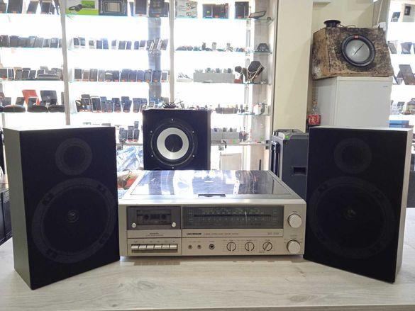 Продавам Грамофон с Две Колони Universum VTCF 2625a