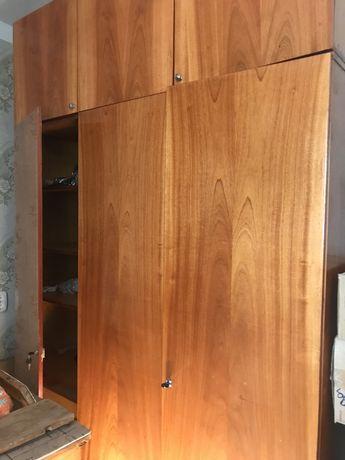 Шкаф б/у коричневый