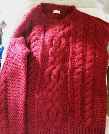 Пуловер Оysho, наситено червено