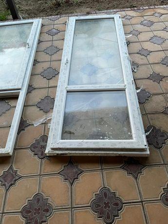 Пластиковый дверь и окно