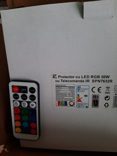 Proiector led cu culori diferite si telecomanda