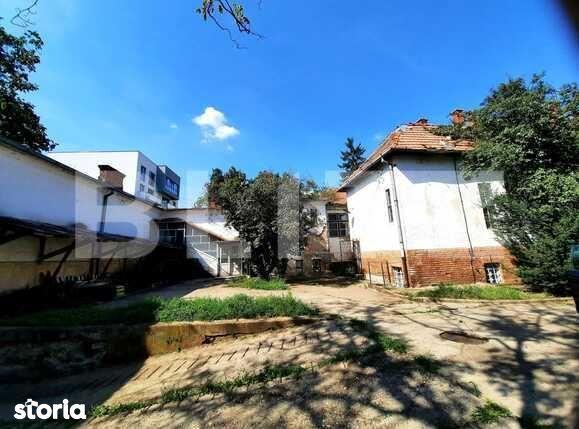 Vila cu valoare artistica ambientala, cu aspect de conac, in zona...