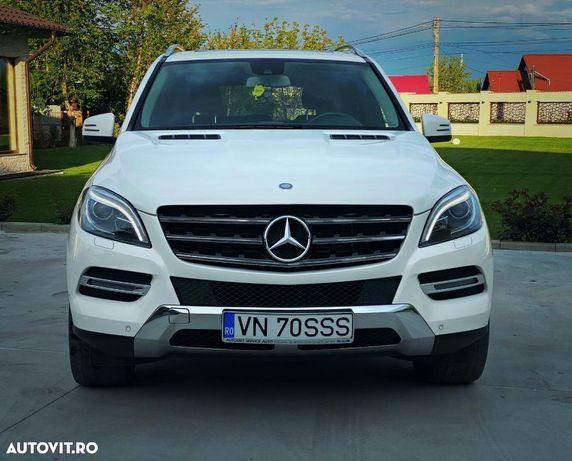 Mercedes-Benz ML Se emite factura